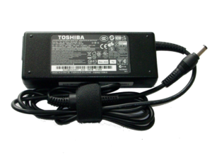 toshiba-notebook-sarj-adaptor2